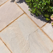 Natural Sandstone Patio Kit - 15.3m2 Corn Field