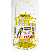 Metal seed feeder with squirrel guard. Suitable for tits, sparrows and nuthatches. Hang the feeder out of the reach of predators and away from nesting