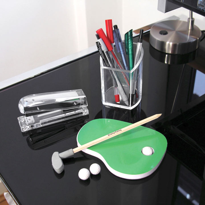 Desktop Putting Set