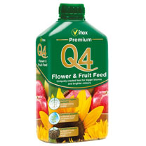 Contains organic nutrients for longer lasting feeding, seaweed to stimulate growth and prevent plant stress and humates for healthier roots and improv