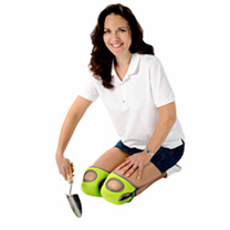 These luxurious Burgon & Ball knee pads, with memory foam technology, allow you to work in cushioned comfort when kneeling, whilst still providing opt