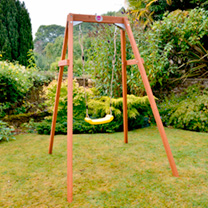 Children will love playing outdoors on this classic Wooden Single Swing! Made from premium FSC certified timber, this highly durable set also boasts a