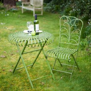 Bank Holiday Offers on Outdoor Living