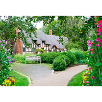 Visit Anne Hathaway's Cottage and Garden with Light Lunch for Two