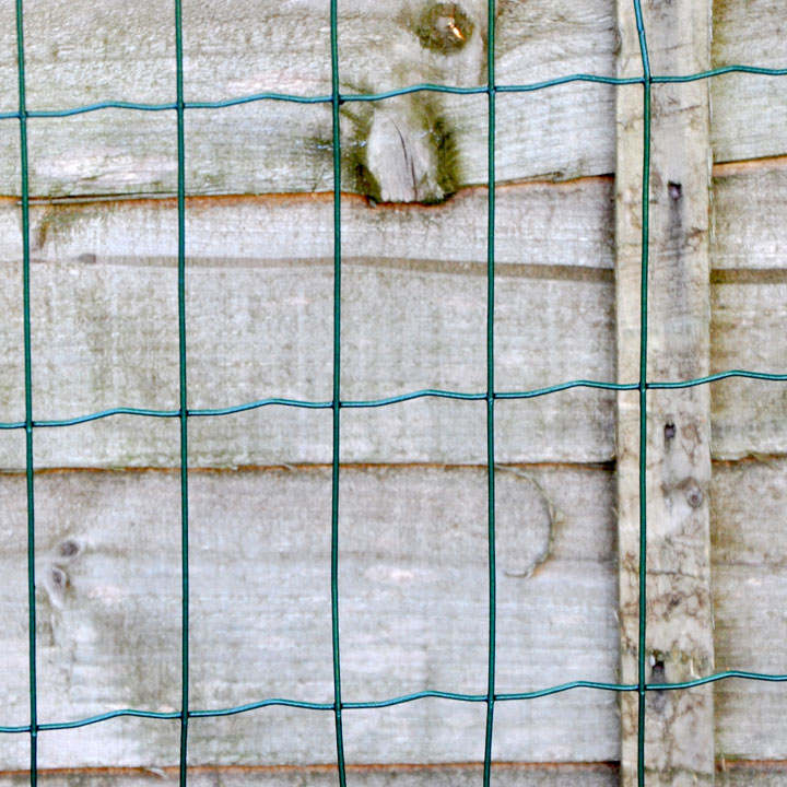 Plastic Coated Mesh Fencing