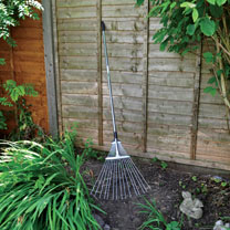 Adjustable Garden Rake