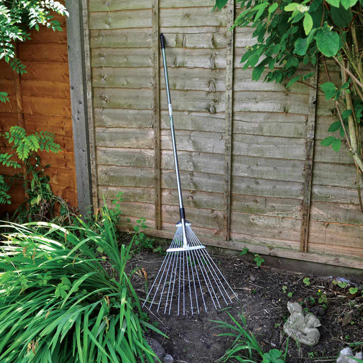 Adjustable Garden Rake