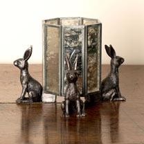 Hare Pot Feet