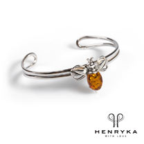 Bumble Bee Bangle in Silver and Cognac Amber