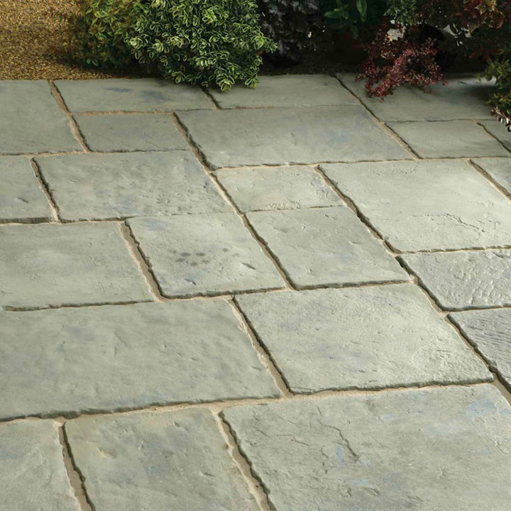 Minster Paving Random Patio Kit - 5.76m2 Rustic Sage