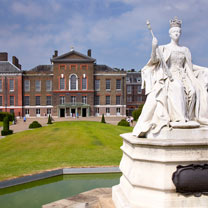 Visit to Kensington Palace and Afternoon Tea at the 5* Royal Garden Hotel for Two