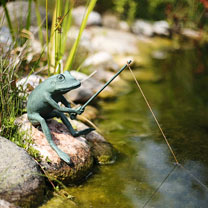 Metal Fishing Frog