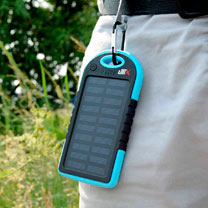 Smartphone Solar Charger / Phone Cleaner