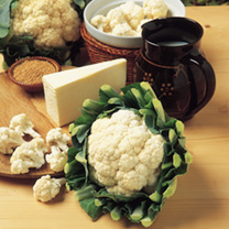 White, well-protected large curds, popular for summer shows, for freezing, and straight from the garden. Sow January-February under glass for a July h