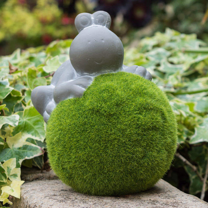 Description Animal On Moss Ball Decorative Garden Accessories Inspiration Gardening Decorative Accessories